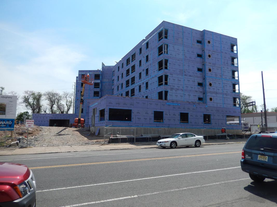Courtland Apartments 3